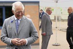 Su princu Charlesu susitikęs prekybos centro darbuotojas nualpo: karališkosios šeimos atstovo reakcija nustebino