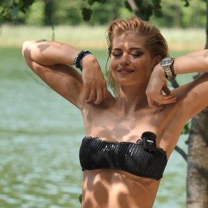 Leonavičiūtės treniruotė lauke: parodė efektyvius pratimus nugaros raumenims