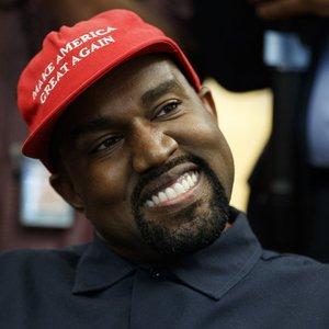 Reperis nejuokavo? Westas prakalbo apie tapimą JAV prezidentu