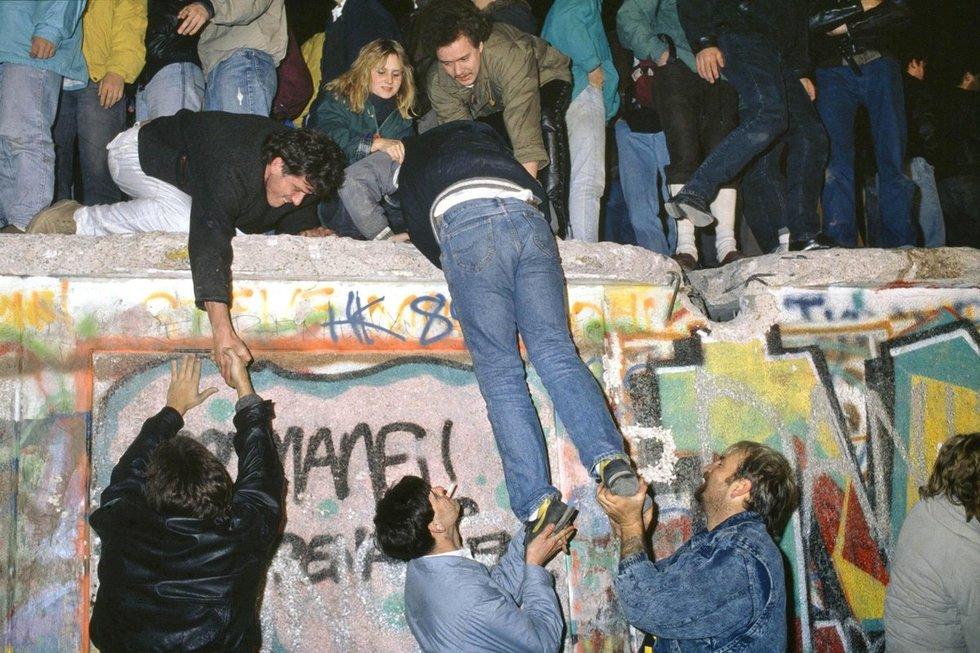 Berlyno sienos griūtis