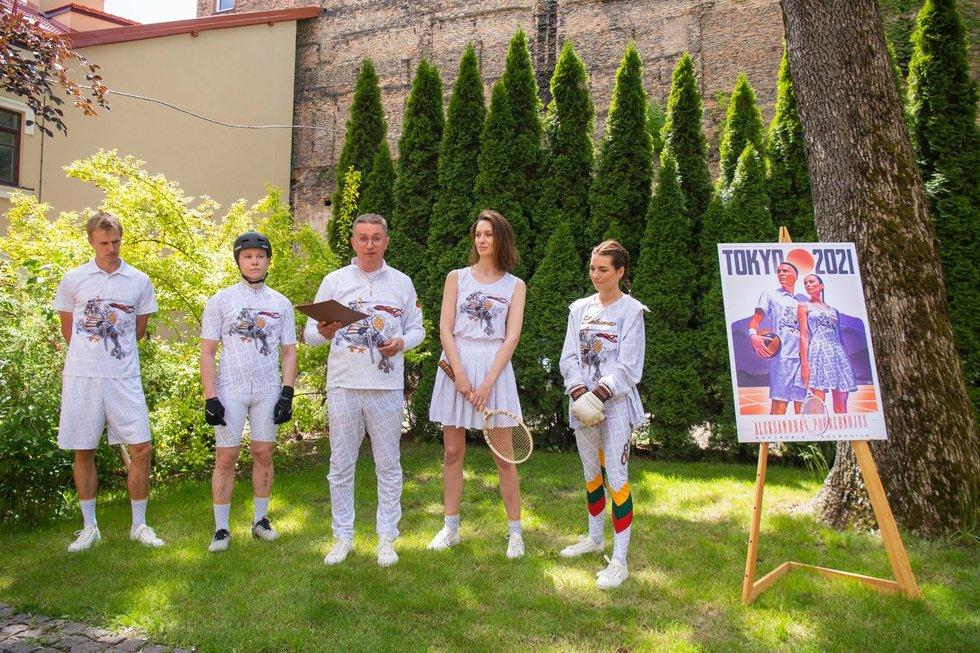Aleksandras Pogrebnojus pristatė alternatyvią aprangą olimpinei rinktinei Tokijo žaidynėms