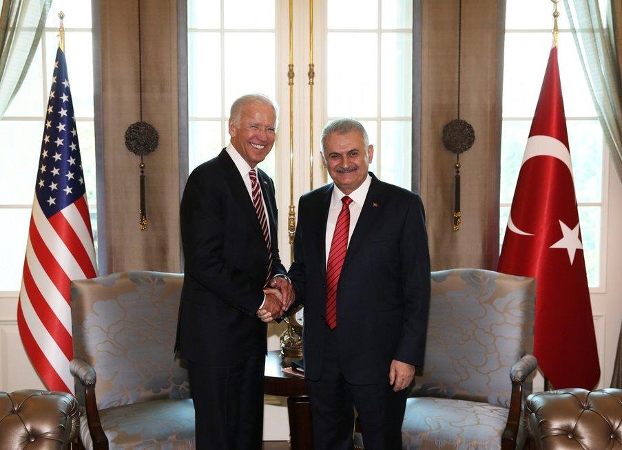 JAV viceprezidentas Bidenas atvyko į Ankarą (nuotr. SCANPIX)