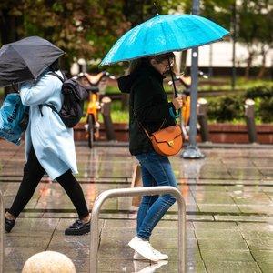 Šilumos kaip nebūta: vasariškų karščių reikės ieškoti kitur