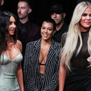 Kardashian klano laukia vestuvės: tuoksis net su kelis kartus išdavusiu mylimuoju