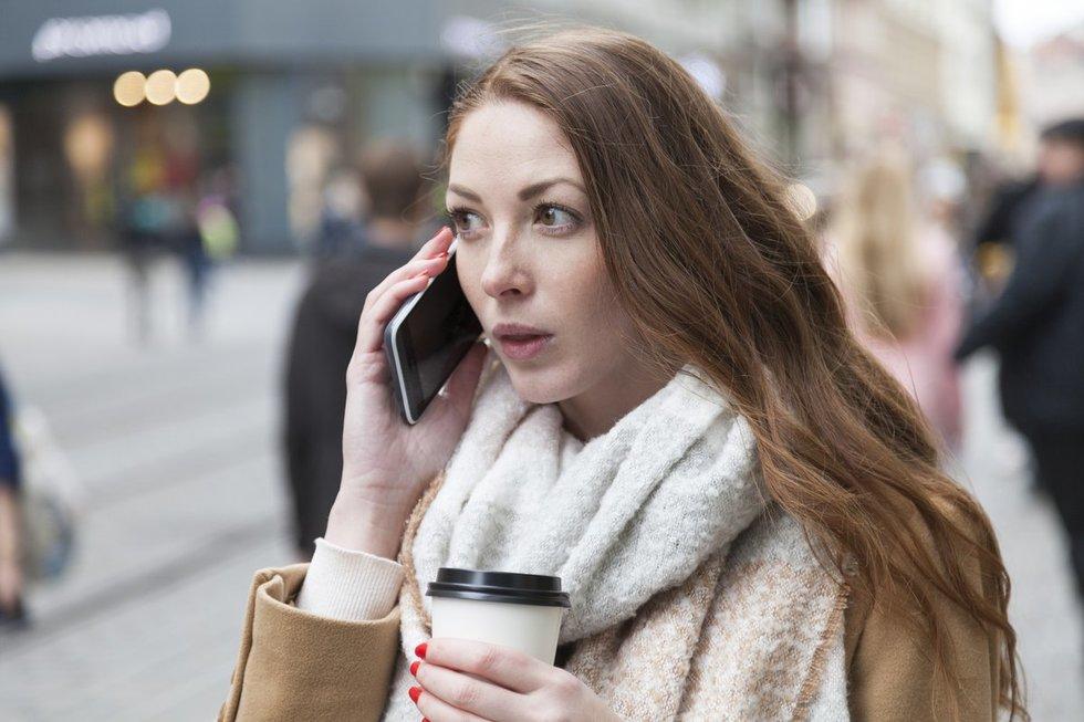 Kalba telefonu (nuotr. Fotolia.com)
