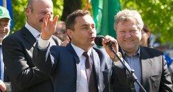 Seimas nusispjovė į Prezidentės veto, Petras Gražulis pagaliau pasijuto oriai