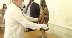 Dešimtmečio derybos: Lietuva susigrąžino 500 metų skulptūrą iš nužudyto kunigo kolekcijos