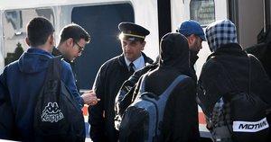 Europa perspėjama: tūkstančiai bando prasiveržti į Vakarus (nuotr. SCANPIX)