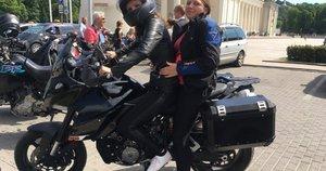 """Vaida Bandzaitė dalyvavo Lietuvos motociklininkų ir neregių akcijoje """"Mane veža"""". (nuotr. asm. archyvo)"""