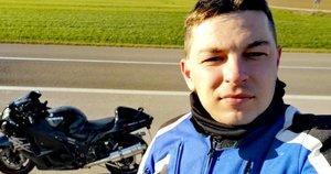 """Manto Mažuolio nuomone, pamatinė saugaus važiavimo motociklu taisyklė: """"Motociklu reikia važiuoti taip, lyg tau visada būtų šalutinis, net jeigu ir pagrindinis"""" (nuotr. asm. archyvo)"""