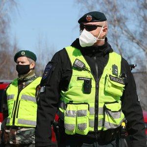 Kaukes dėvėjo ne visi – policija skyrė baudas