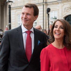 Po smegenų operacijos Danijos princas išrašytas iš ligoninės: sveiksta pilyje