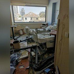 Nufilmavo, kas liko iš ligoninės po sprogimo Beirute: žuvo pacientai ir darbuotojai