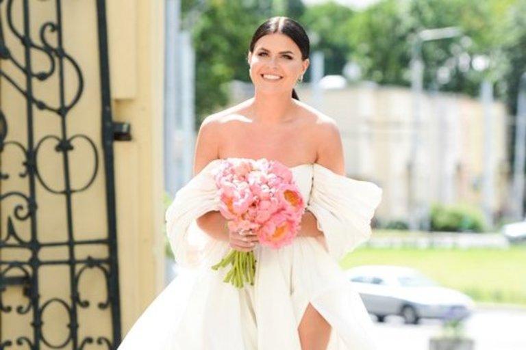 Ingos Žuolytės ir jos mylimojo Adomo vestuvių akimirkos (nuotr. Fotodiena/Justino Auškelio)