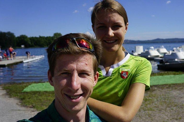 Augustas Navickas ir žmona Ema (nuotr. facebook.com)