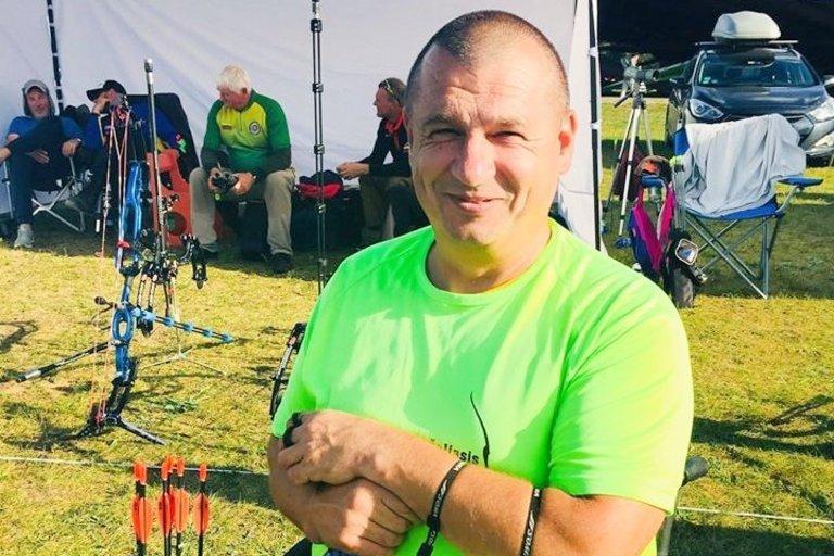 """Rolandas Baranauskas – pirmasis tarptautinėse varžybose Lietuvai atstovavęs šaudymo iš lanko sportininkas. Alytaus lankininkų klubo """"Žaliasis lankas"""" archyvo nuotr."""