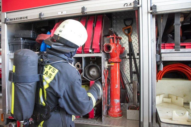 Gaisrinė, gaisrininkai, priešgaisrinė gelbėjimo stotis (nuotr. Tv3.lt/Ruslano Kondratjevo)