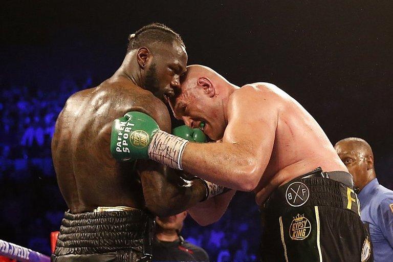 Tysonas Fury tapo sunkiasvorių bokso pasaulio čempionu. (nuotr. SCANPIX)