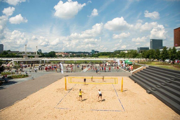 Atidarytas Baltojo tilto sporto aikštynas (nuotr. Fotodiena/Justino Auškelio)