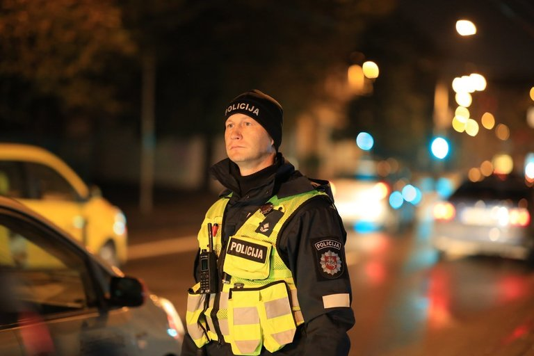 Policijos pareigūnas (nuotr. Broniaus Jablonsko)