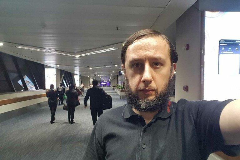 Romanas Trofimovas Manilos oro uoste (nuotr. facebook.com)