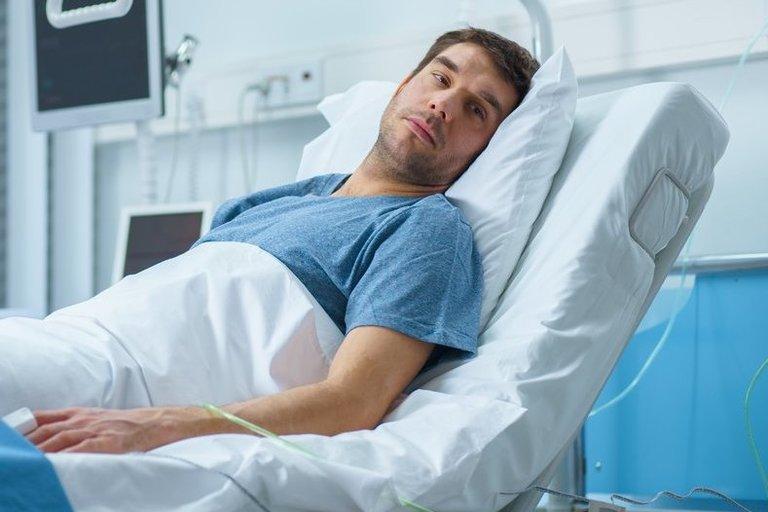 Vyras ligoninėje, asociatyvi nuotrauka (nuotr. Shutterstock.com)
