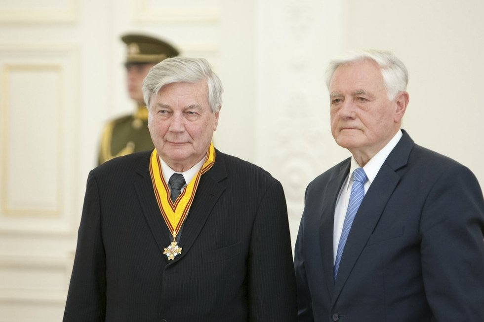 Raimundas Mieželis ir Valdas Adamkus (Fotobankas)