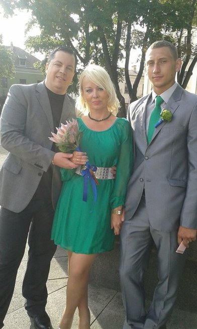 Erika Škudzinskienė su vyru Tomu ir  Aidu maniku