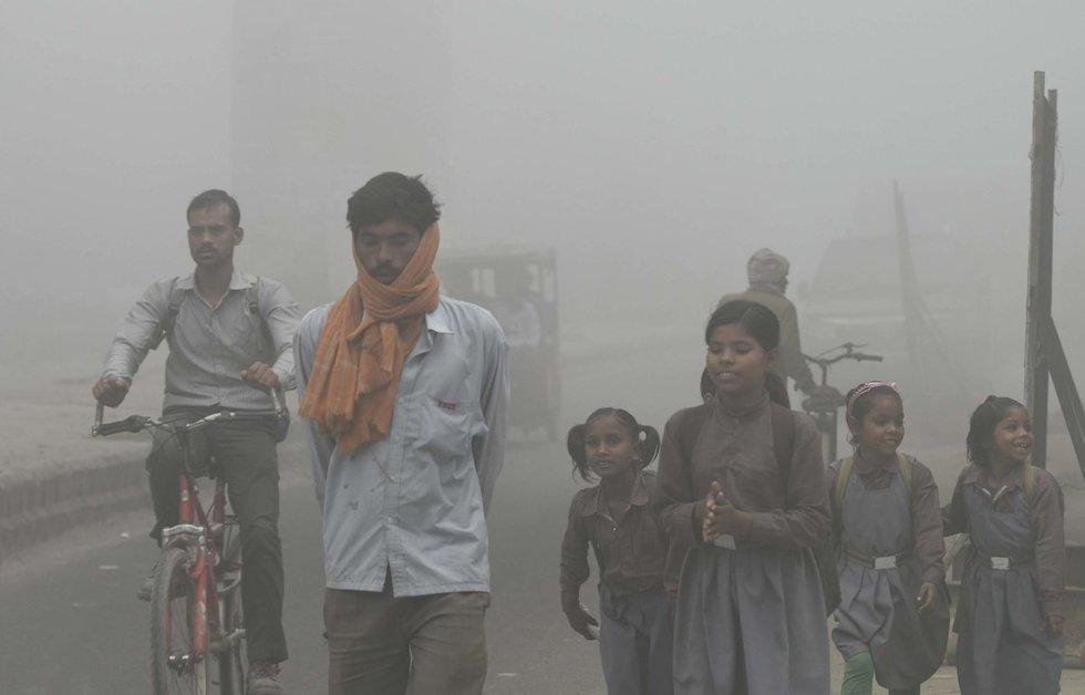 Tarša Indijoje prilygsta 40 cigarečių surūkymui (nuotr. Vida Press)