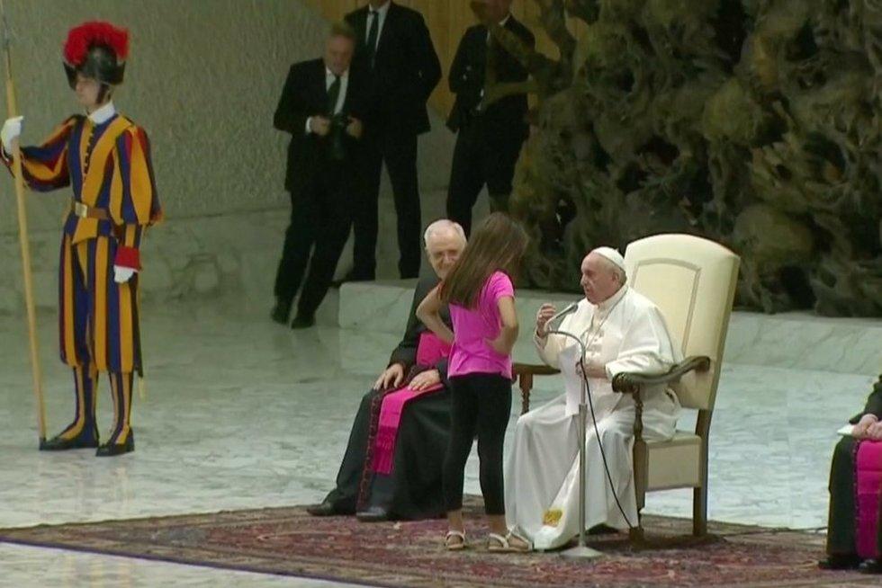 Popiežius Pranciškus (nuotr. stop kadras)