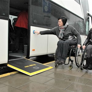 Kaip naudotis viešuoju transportu atvykus į kitą miestą?