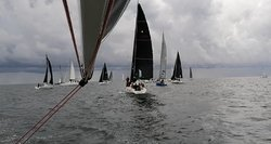 Prestižinėje Rygos įlankos regatoje – konkurencija ir audringas vėjas su perkūnija