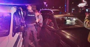 Miškinių gatvėje Vilniuje įkliuvo girtas opelio vairuotojas (nuotr. Broniaus Jablonsko)