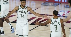 NBA lyderiai reabilitavosi. (nuotr. SCANPIX)