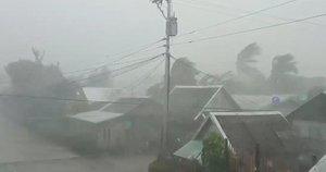 Filipinų link artėja galingas taifūnas (nuotr. SCANPIX)