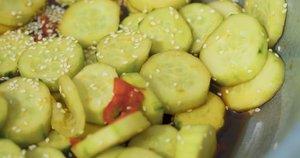 Greiti agurkų marinavimo būdai: užtruksite vos keletą minučių