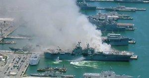Užsiliepsnojo laivas (nuotr. stop kadras)