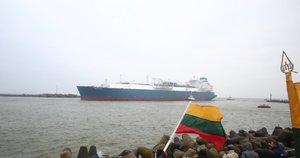 """Į Klaipėdą įplaukė suskystintųjų gamtinių dujų terminalo (SGD) laivas–saugykla """"Independence"""" (nuotr. Fotodiena.lt)"""