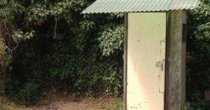 Lauko tualetas (nuotr. stopkadras)