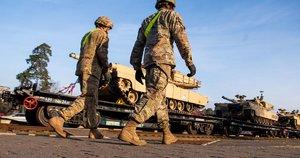 JAV kariai (nuotr. Fotodiena/Justino Auškelio)