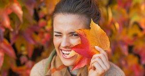 Moteris rudenį  (nuotr. 123rf.com)