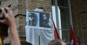 Pakabinta Generolo Vėtros lenta (nuotr. Bronius Jablonskas)
