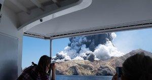 Naujojoje Zelandijoje išsiveržė ugnikalnis (nuotr. SCANPIX)