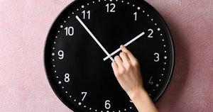 Laikrodžio sukimas  (nuotr. Shutterstock.com)