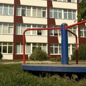Aiškėja, kaip Klaipėdoje iškrito septynmetis: vaikas pasakoti nenori