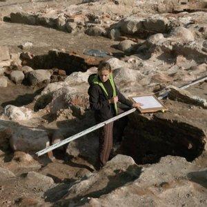 Naujos mįslės Klaipėdos archeologams: rado įrodymų, kaip veikė miestas