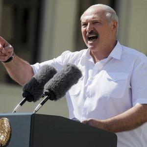 Lukašenka: Baltarusija paprašė Rusijos pristatyti naujų ginklų