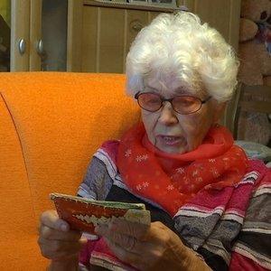 Neeilinė istorija:prieš pusšimtį metų rašytus atvirlaiškius senjorė kėdainietė gavo tik dabar
