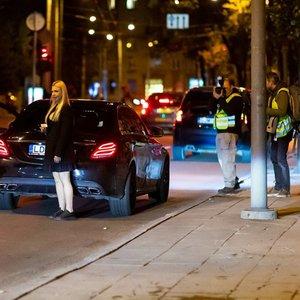 """Per reidą Vilniuje įkliuvo dvi girtos vairuotojos, iš vienos bus konfiskuotas """"Mercedes"""""""