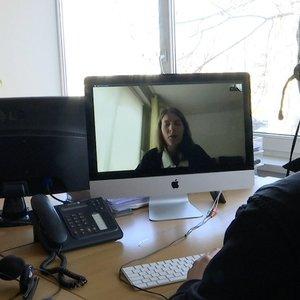 Psichologai siūlo naujas konsultacijas internetu: nori padėti įveikti nerimą
